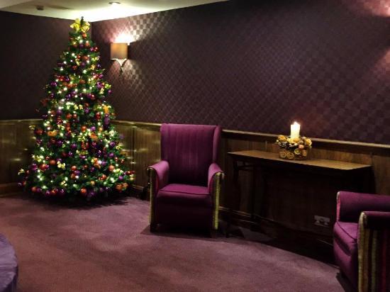 Breakfast buffet picture of strand palace hotel london for Design hotel jewel prague tripadvisor