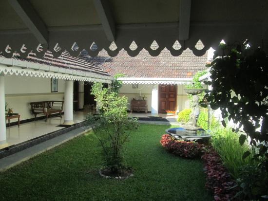 Manor House Kandy: inside courtyard