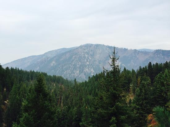 Triple Creek Ranch: Serene