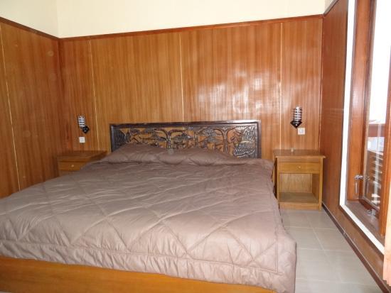 le lit picture of cafe lava hostel bromo tengger semeru. Black Bedroom Furniture Sets. Home Design Ideas