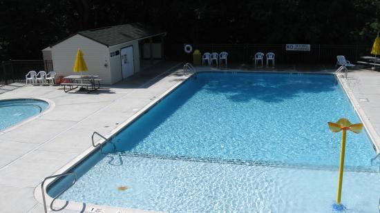 Elizabethtown, Pensilvania: Large Pool