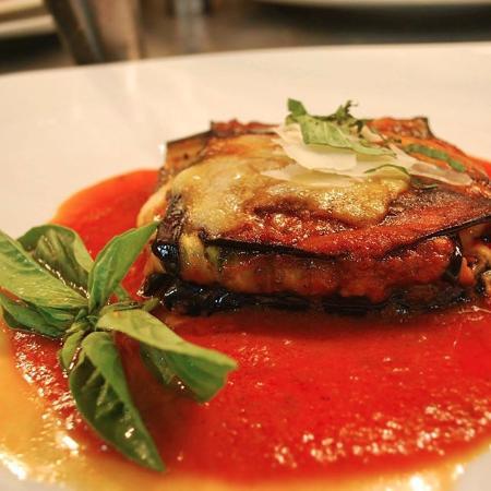 Tortino di melanzane ( eggplant parmigiana )
