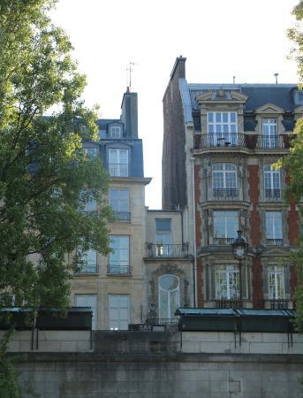 Strange The Smallest House Picture Of Vedettes Du Pont Neuf Paris Download Free Architecture Designs Terstmadebymaigaardcom