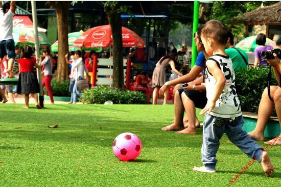 Cau Giay Park