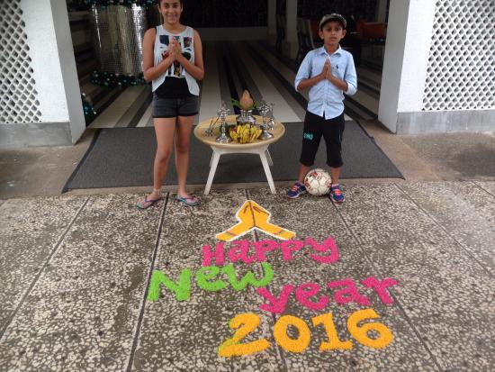 Trinco Blu by Cinnamon: Front entrance new year's  day