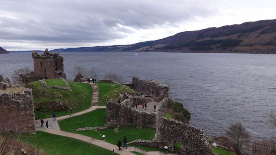 Urquhart Castle: Castle view