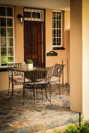 Scott's Manor Guesthouse and Conference Centre: All room veranda's