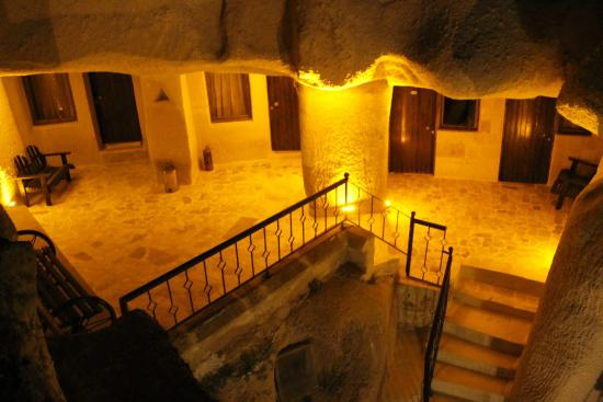 Nomad Cave Hotel: private rooms