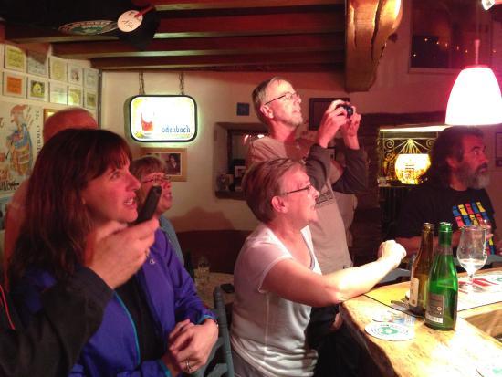 Houffalize, Belgique : Fun evening at Aux Grand Cafe