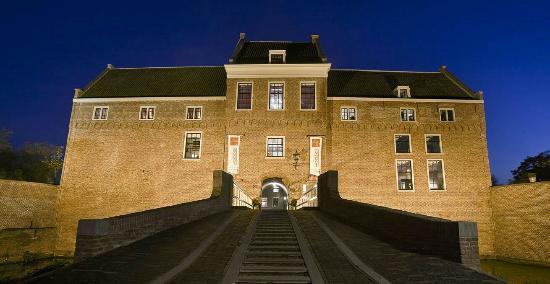 Woerden, Hollanda: kw-kasteel-2_large.jpg