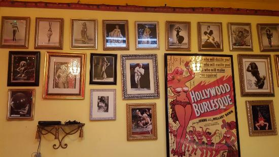 Athens, Οχάιο: O'Betty's Hot Dog Museum