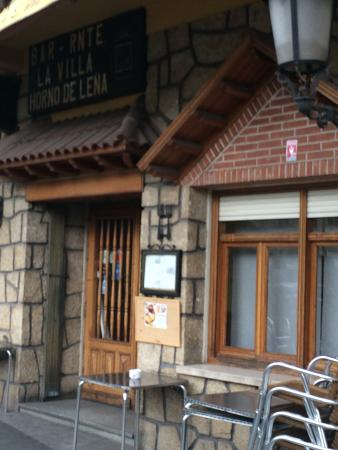 Entrada fotograf a de restaurante la villa el escorial - Restaurante adrede ...