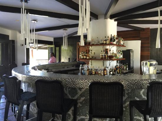 Canouan Estate Villas & Residences: Bellini's bar at Urban center