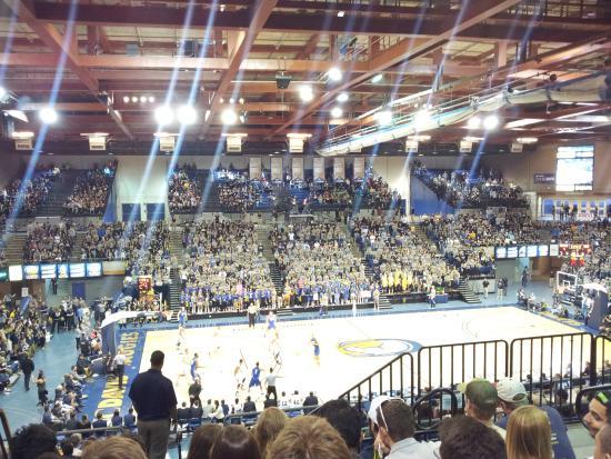 davis campus of the university of california ucdavis pavilion quadra de esportes