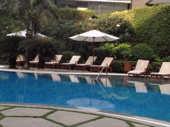 Hyatt Regency Mumbai: Pool...welcome respite from the city