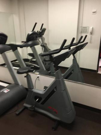 Broadway at Times Square Hotel: gym