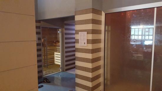 Piscina scoperta 1 picture of hotel mioni pezzato abano terme tripadvisor - Hotel mioni pezzato ingresso piscina ...