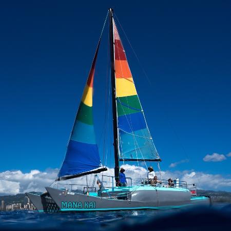Mana Kai Catamaran