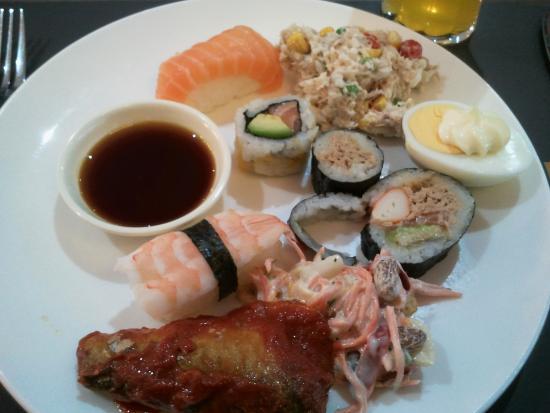 Grillade de poisson et crustaces avec legumes photo de l for Entree froide original