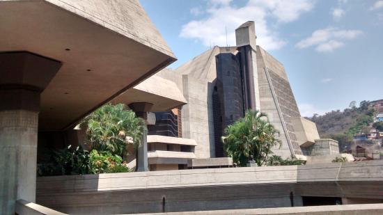 Teatro Teresa Careno: Fachada
