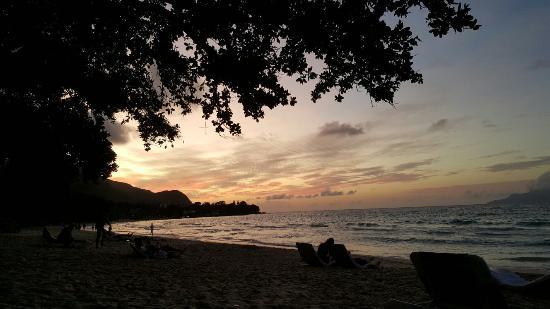 Berjaya Beau Vallon Bay Resort & Casino - Seychelles: 20160104_184723_large.jpg