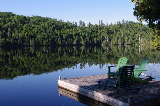 Bearskin Lodge: private dock