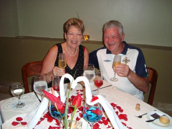 Akumal Bay Beach & Wellness Resort: 40th wedding anniversary