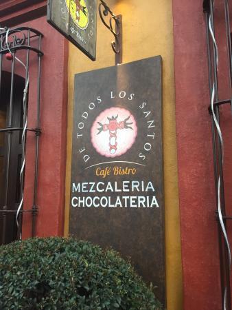 De Todos Los Santos: photo0.jpg