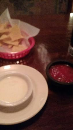 Capon Bridge, WV: Chips, homemade salsa and cheese sauce