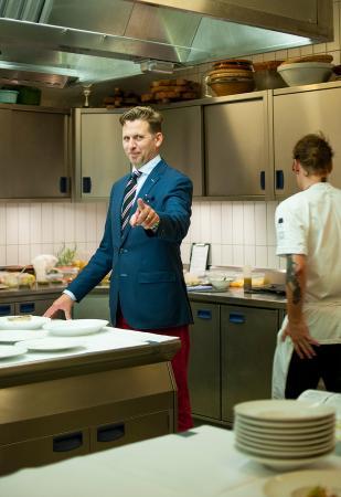 Garrey Dawson, Restaurant Manager at Henne.