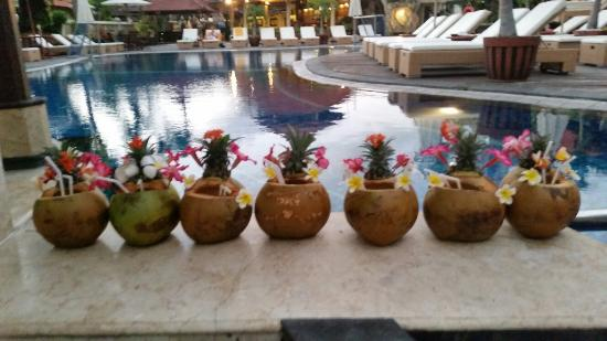 Kuta Beach Club Hotel: 20150802_202713_large.jpg