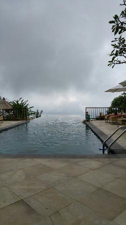 Gobleg, Indonesien: Fantastic cloud infinity pool