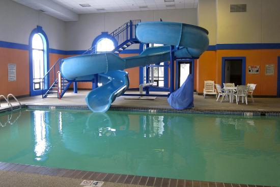 Howard Johnson By Wyndham Billings Water Slide