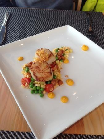 Christine's: Seared Sea Scallops