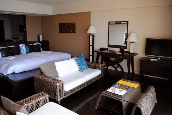 คาฟู รีสอร์ท ฟุชาคุ คอนโด โฮเต็ล: カフーリゾートフチャク コンド・ホテルの部屋