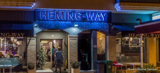 Bistro Heming-way: Enterence