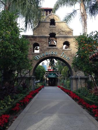 The Mission Inn Hotel and Spa: エントランス