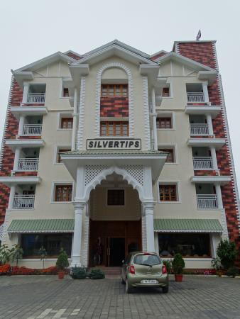 The Silver Tips Munnar: Hotel building