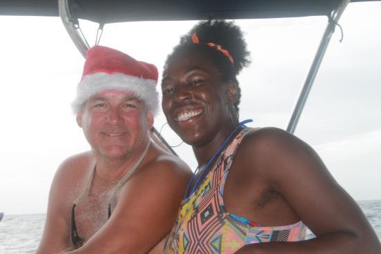 خليج سيمبسون, سانت مارتن: Captain Jenny and Santa