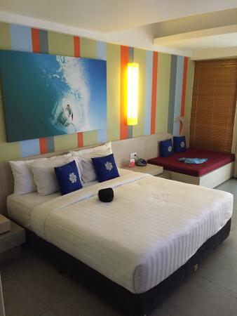 Bliss Surfer Hotel: photo1.jpg