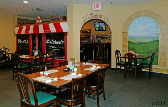 South Beloit, IL: Bravo Pizza & Italian Restaurant