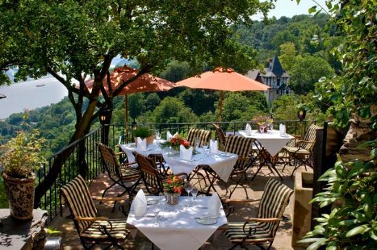 Castle Hotel Auf Schoenburg: Pfalzblick