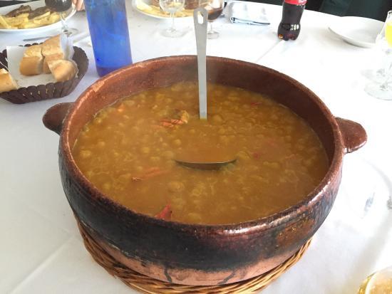Picassent, Spania: Arroz calloso de bogavante y Crepes de turrón y chocolate caliente