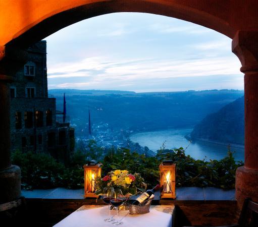 Castle Hotel Auf Schoenburg: Rheinterrasse