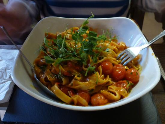 Middleton, UK: Tomato Pasta