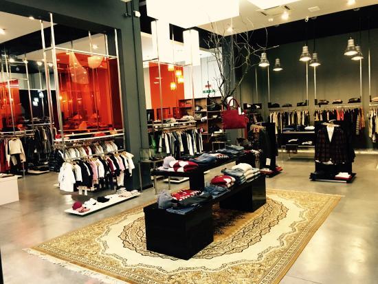 dada store - Picture of dada stray store, Nocera Superiore - TripAdvisor