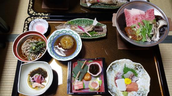 Ryokan Sansui: dinner