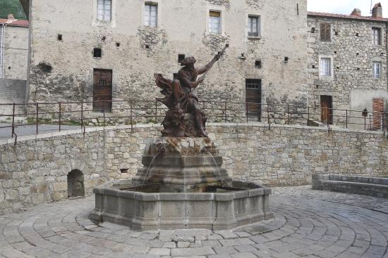 Ghisoni, Francie: La fontaine