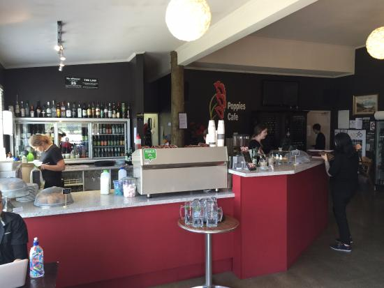 Twizel, New Zealand: Counter area with friendly staff