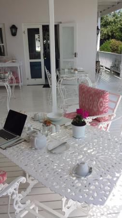 Southern Cross Beach House : Breakfast area